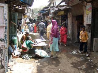 Et bilde fra nivå 2 viser Dharavi, Asias største slumområde, som du kan besøke i Mumbai, India.