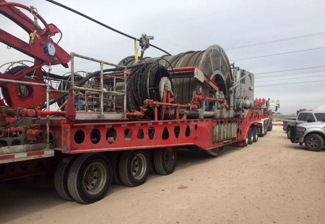 Utstyr – såkalte «coil tubing truck» - som brukes til landbasert oljeproduksjon.